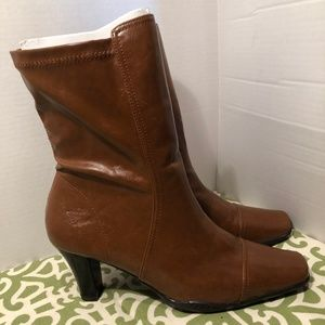 A2 by Aerosoles Advancing Boots